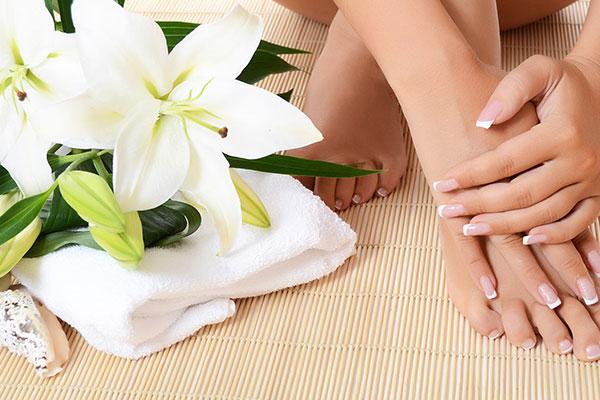 Manicure e Pedicure (Clique aqui)